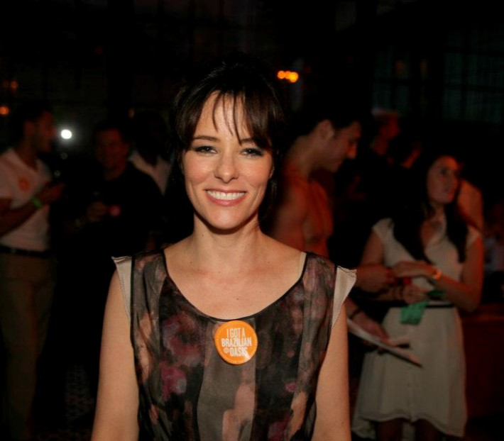 Parker Posey Host Third Annual OASIS benefit for Ali Forney Center
