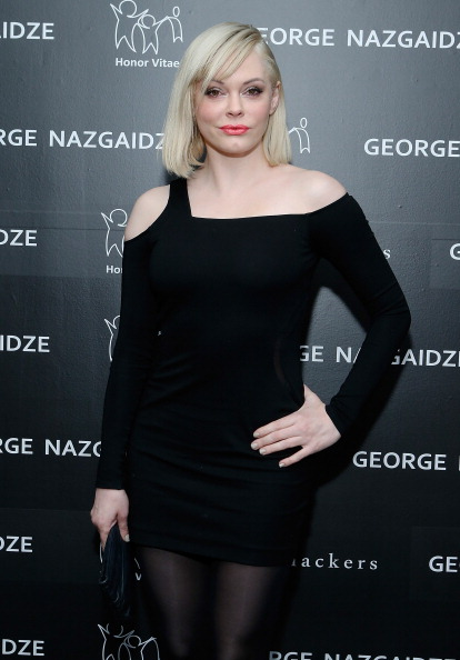 Actress Rose McGowan attends Charity Meets Fashion Holiday Celebration Honoring The World's Children