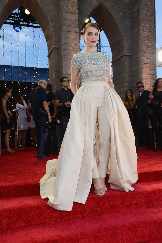 Holland Roden  at the 2013 MTV Video Music Awards