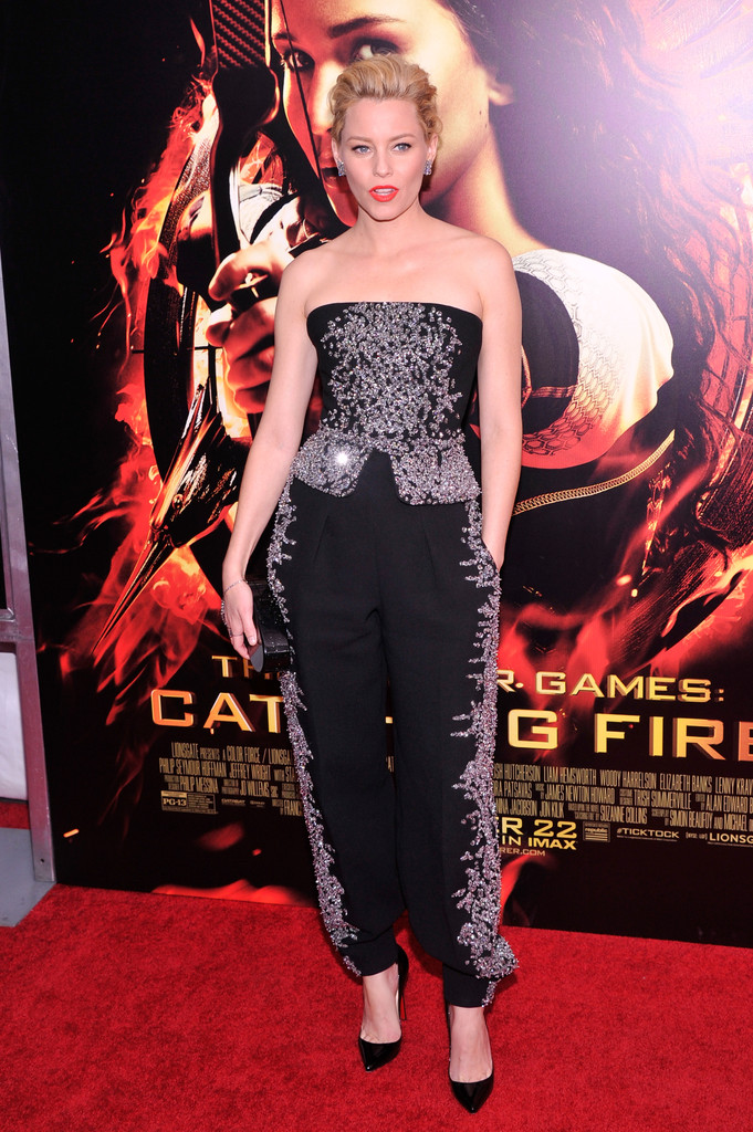 Elizabeth Banks attends the 'Hunger Games: Catching Fire' New York Premiere