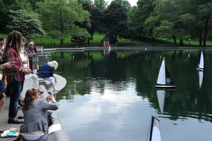 Altaneve's Mini Regatta at Centrall Park's Boat Pound - Photo by Owen Hoffman (Patrick McMullan)