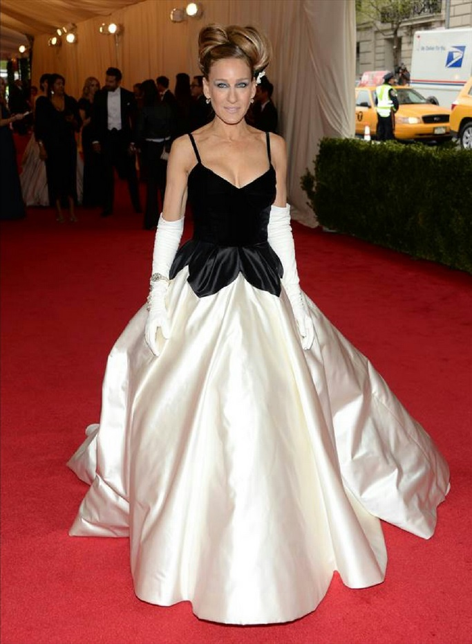 "Sarah Jessica Parker attends ""Charles James: Beyond Fashion"" Costume Institute Gala"