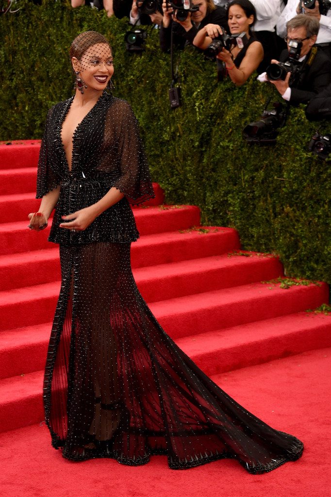 "Beyonce attends ""Charles James: Beyond Fashion"" Costume Institute Gala"