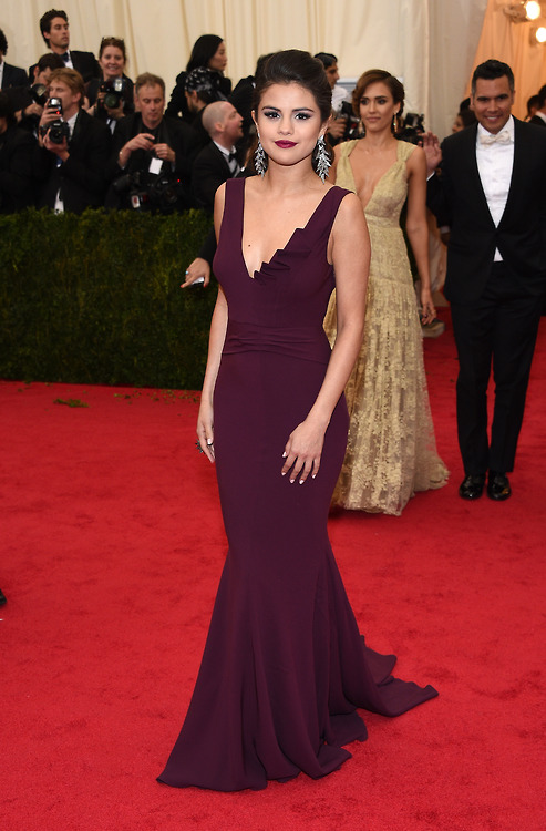 "Selena Gomez attends ""Charles James: Beyond Fashion"" Costume Institute Gala"