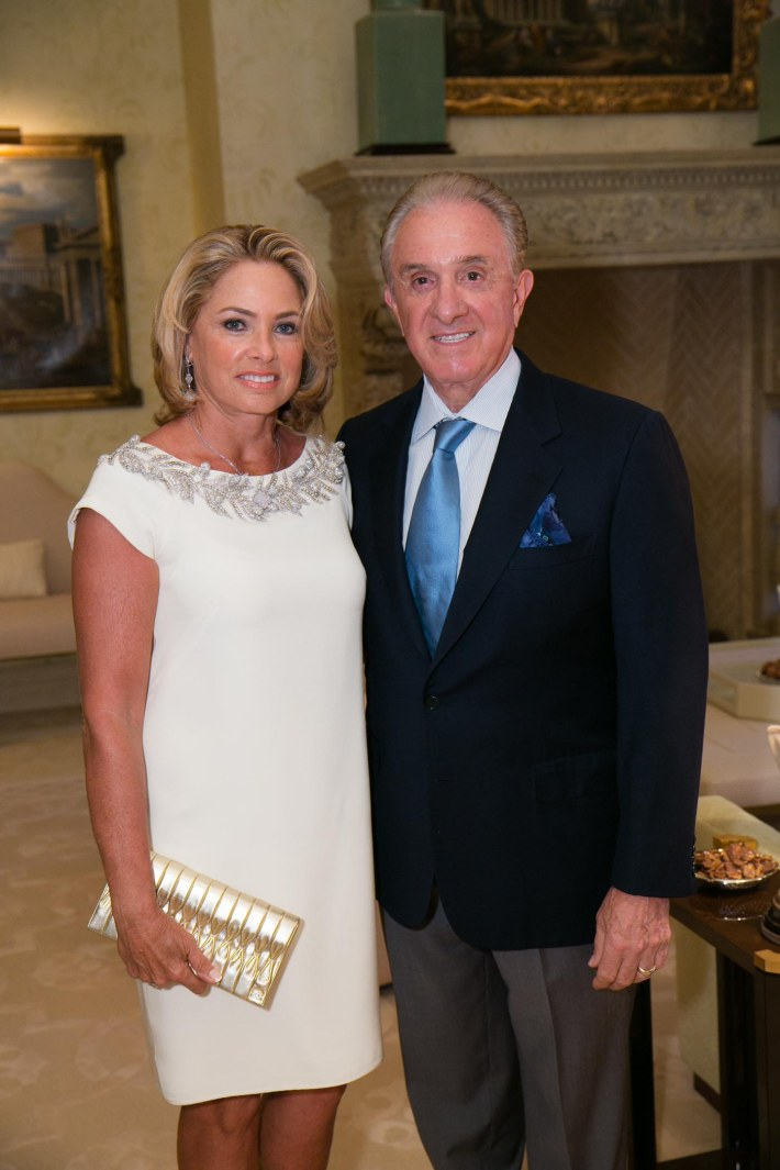 Jana and John Scarpa attend Palm Beach doctors and donors dinner for Hope for Depression Research Foundation (Photo by Doug McGlothlin)