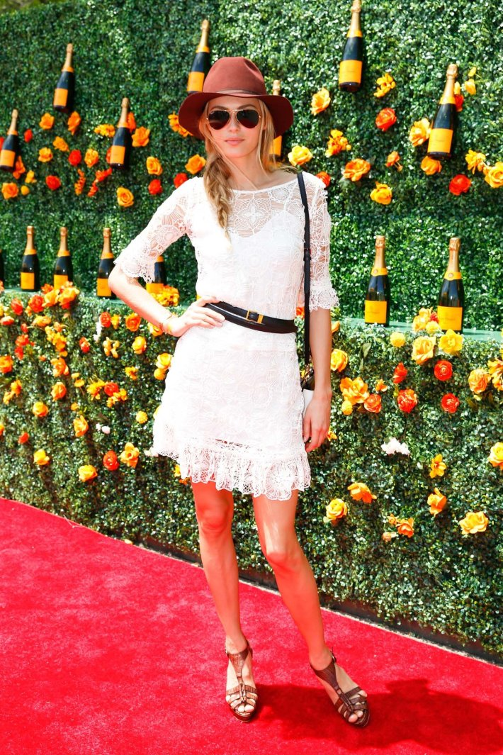 Valentina Zelyaeva attends the Eighth-Annual Veuve Clicquot Polo Classic at Liberty State Park